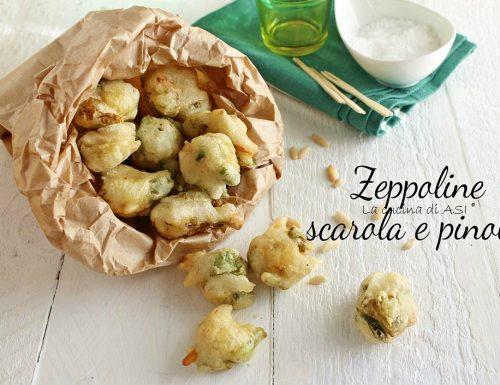 Zeppoline fritte con scarola e pinoli