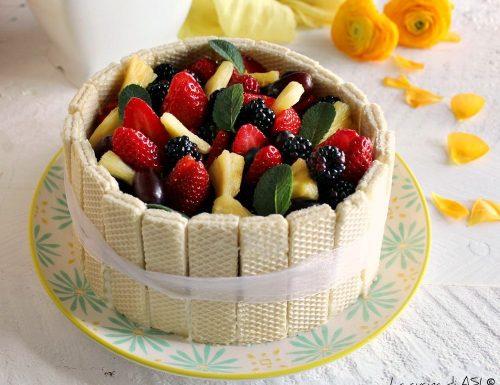 Dolce senza cottura con wafer crema e frutta