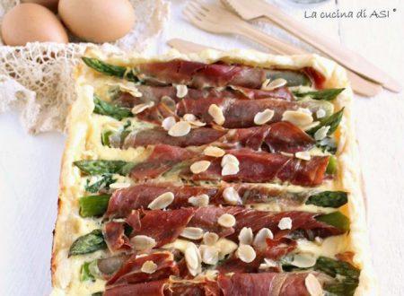Torta rustica di asparagi e prosciutto crudo