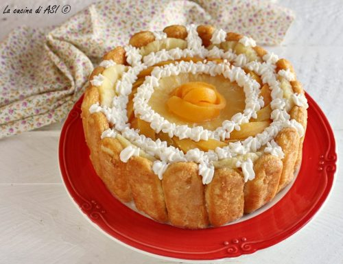 Torta senza cottura con ananas e pesche