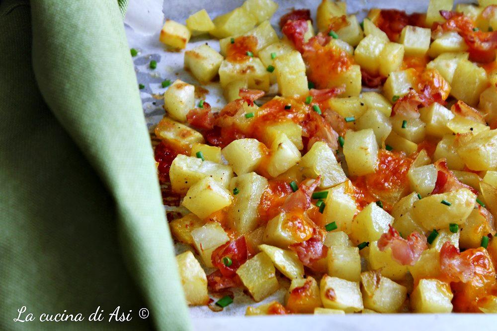 Cubetti di patate saporite al forno