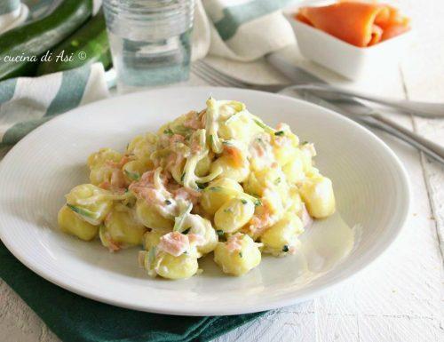 Gnocchi appetitosi con zucchine e salmone