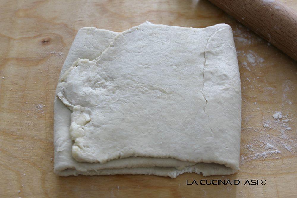 finta pasta sfoglia con formaggio cremoso
