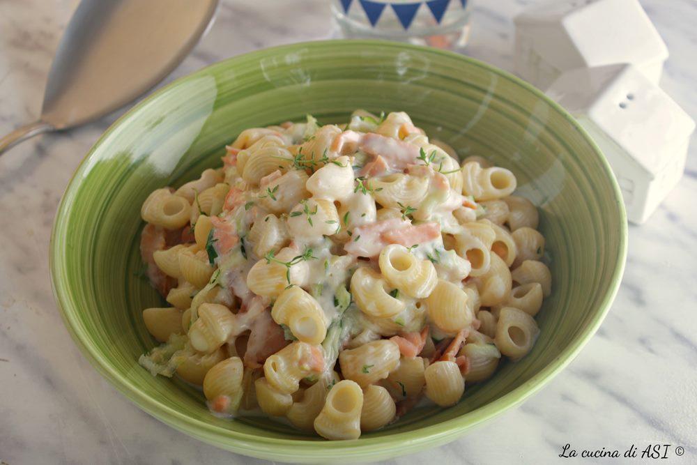 Ricetta Salmone Zucchine E Philadelphia.Pasta Cremosa Zucchine Salmone Philadelphia Facile La Cucina Di As