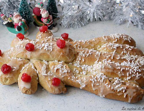 Cometa dolce lievitato di Natale