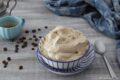 Crema delicata e senza cottura al caffè
