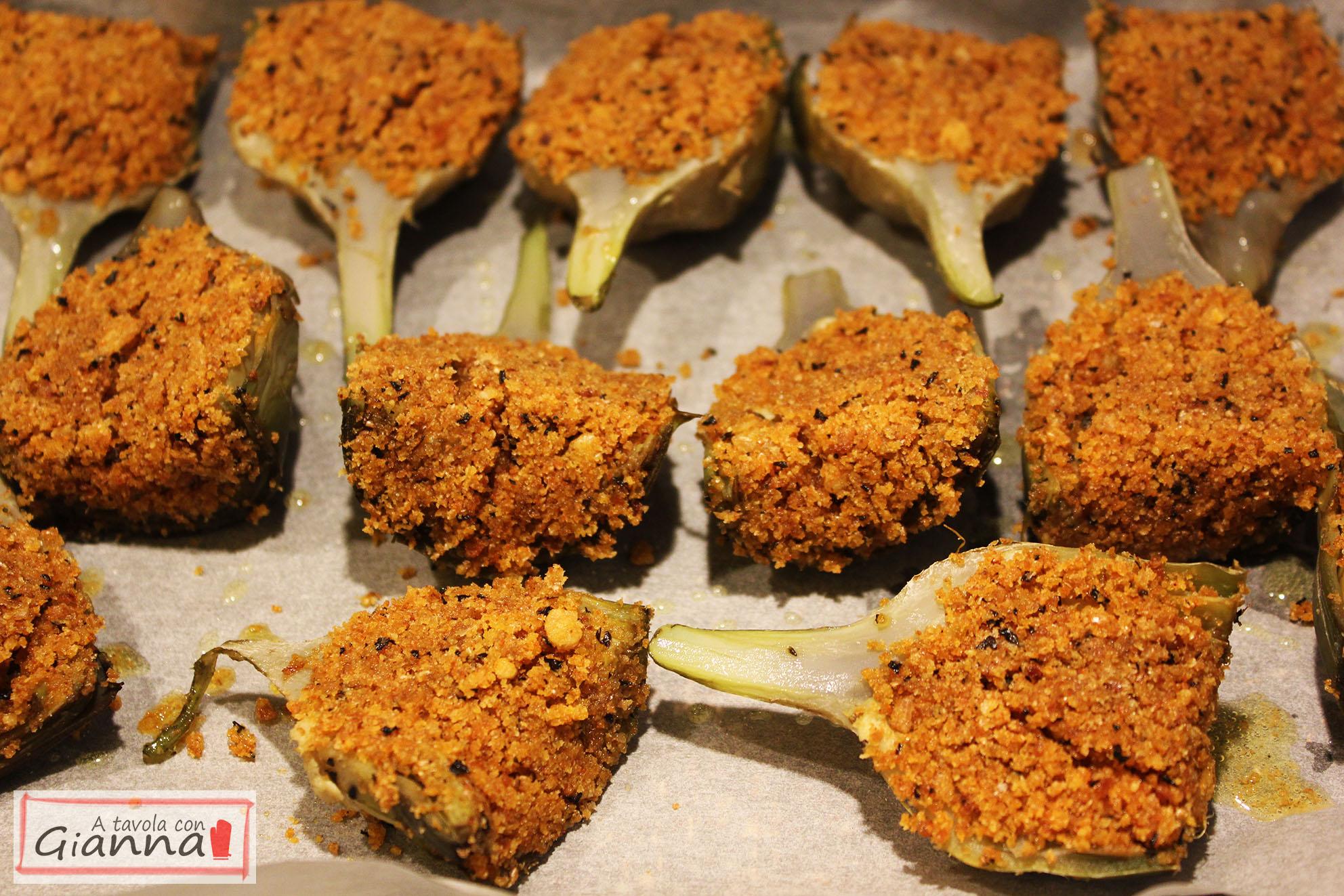 Cuori di carciofo con mollica integrale, paprika e menta