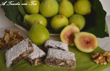 Torta cioccolato fichi e noci