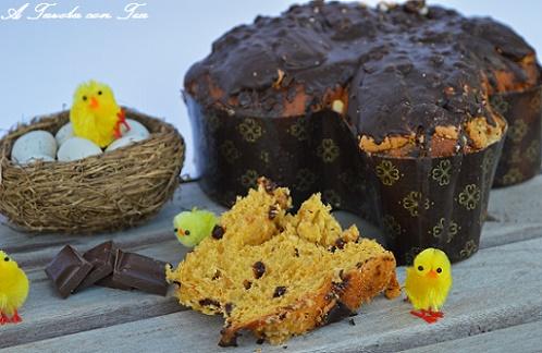 Colomba Senza Lievitazione Con Gocce Di Cioccolato A Tavola Con Tea