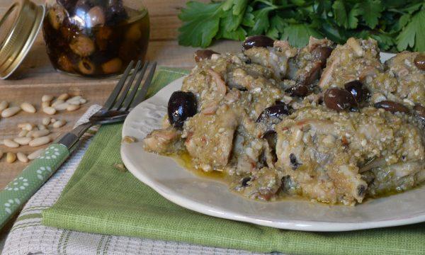Coniglio con olive alla ligure