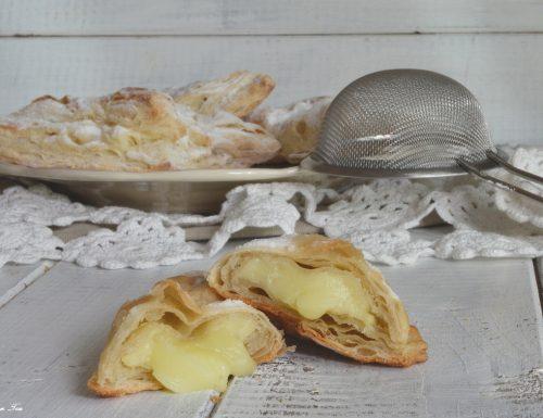 Sfogliatine veloci con crema pasticcera