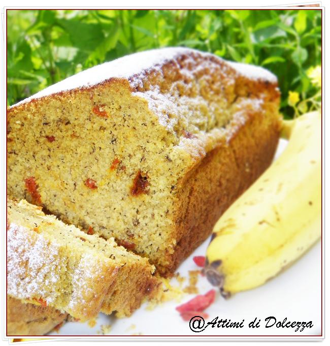 PLUM CAKE ALLA BANANA E BACCHE DI GOJI 23-06-15 copia