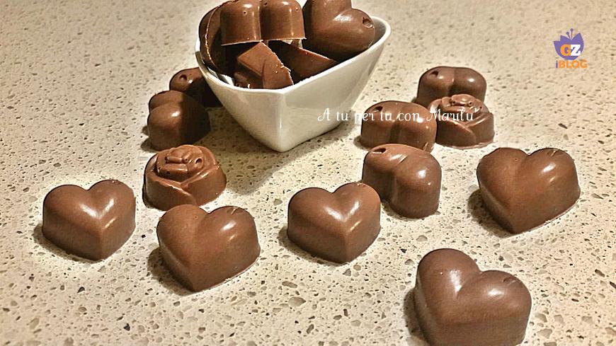 Cioccolatini ripieni fatti in casa al cocco gusto bounty facili e veloci A tu per tu con Marilù