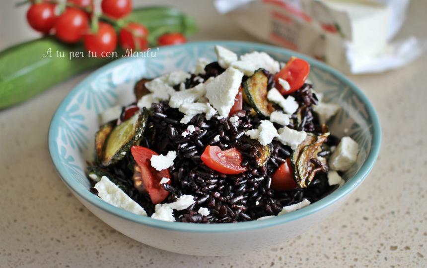 Insalata di quinoa insalata fredda ricetta estiva veloce e for Cucinare riso venere
