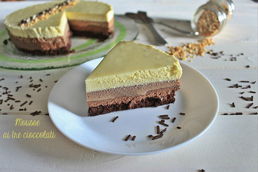 Torta mousse ai tre cioccolati di Ernst Knam facile e deliziosa
