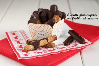 Biscotti fiammifero di Luca Montersino - frolla al sesamo senza uova