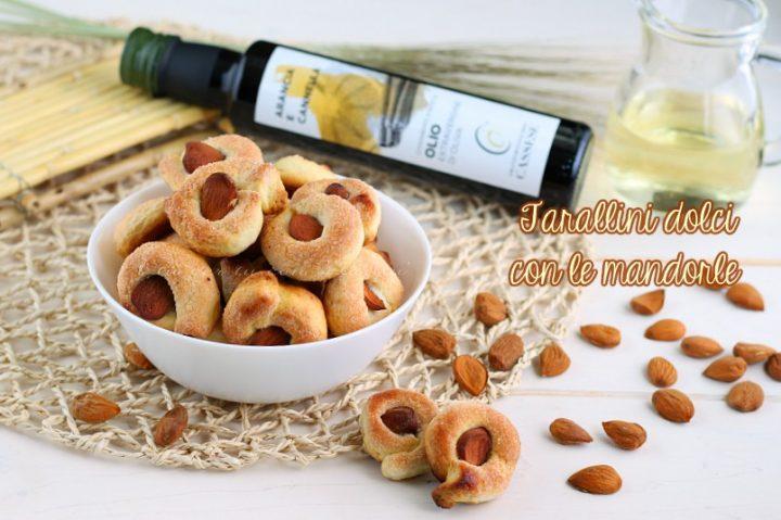 Tarallini dolci con le mandorle - taralli zuccherati pugliesi