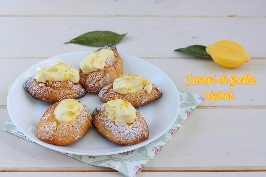 Limoni di frolla - biscotti di frolla a forma di limone con crema al limone