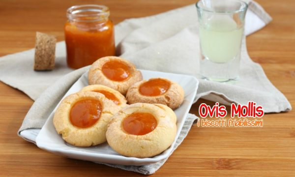Biscotti Ovis Mollis con il tuorlo sodo