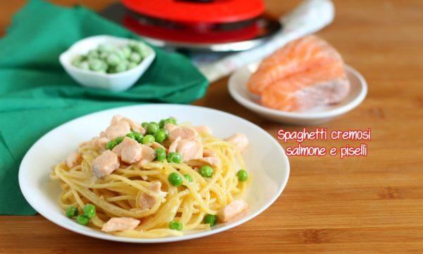 Spaghetti cremosi salmone e piselli