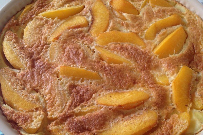 Clafoutis alle pesche (ricetta dolce)