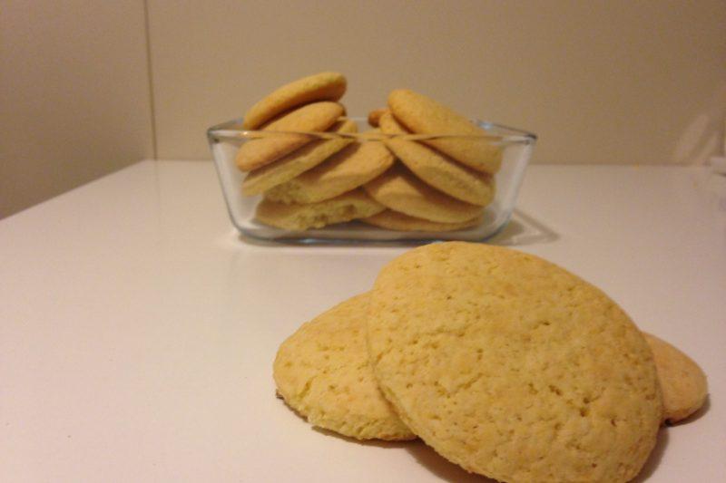 Biscotti al limone (ricetta dolce)