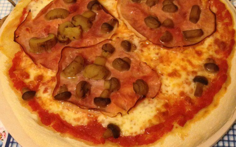 Pizza con lievito madre (ricetta lievitata)