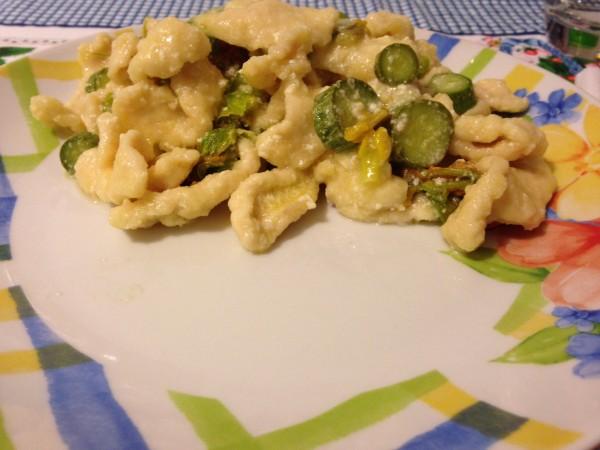 straccetti di pollo con zucchine novelle