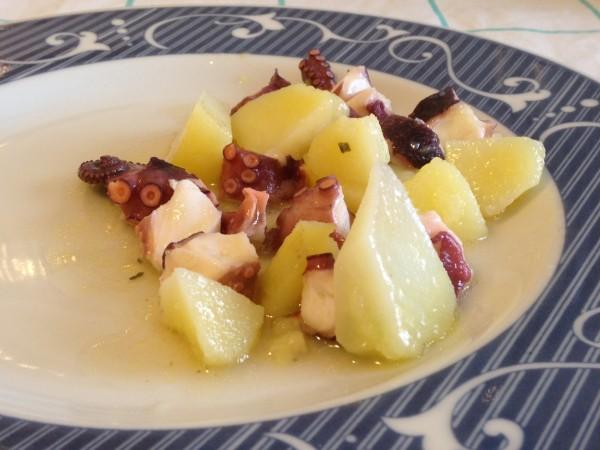 polipo e patate in insalata