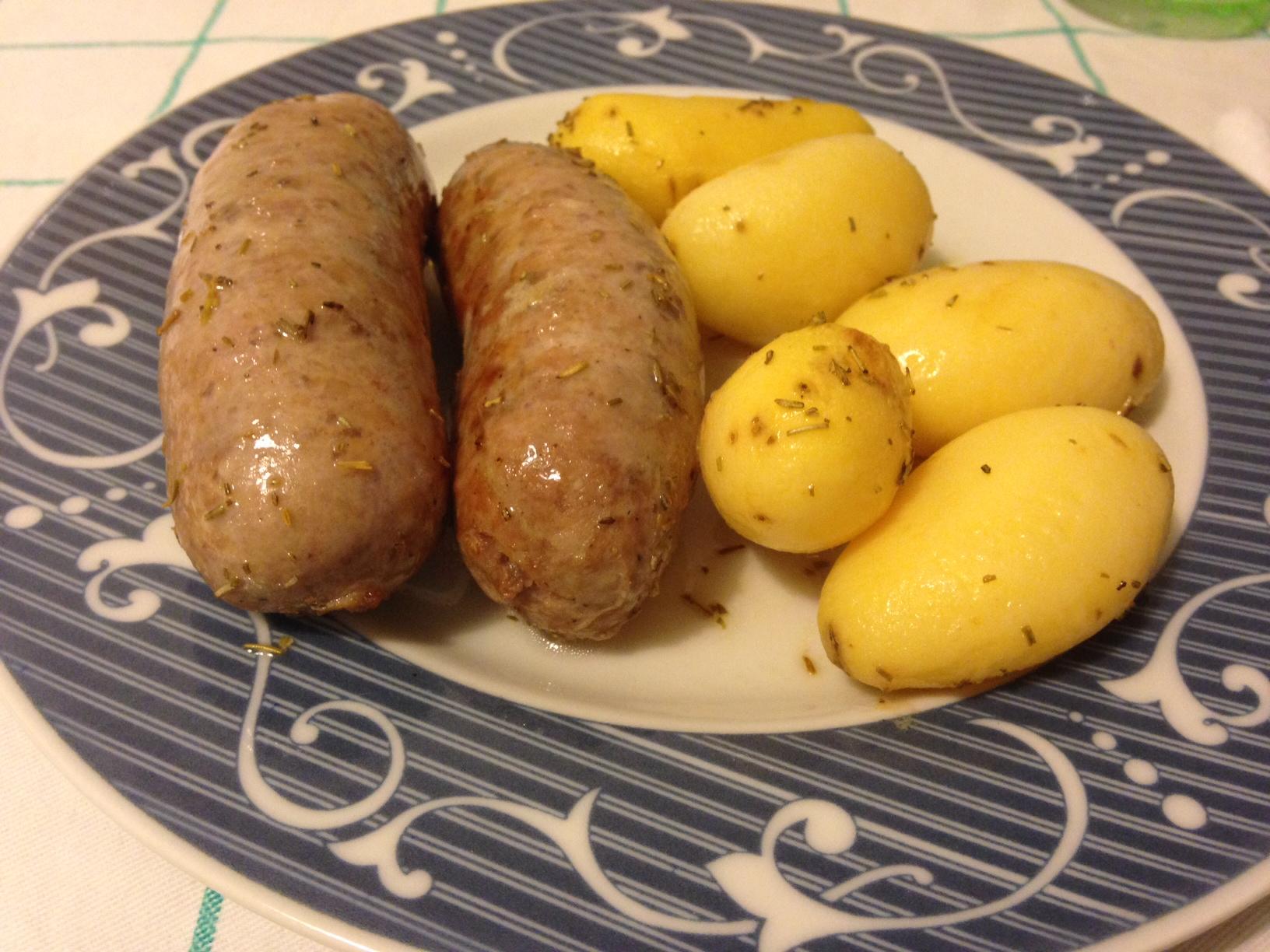 patate novelle e salsiccia