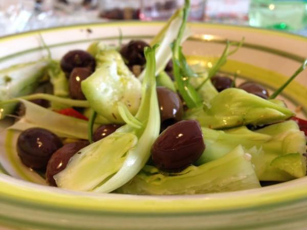 insalata con olive e puntarelle