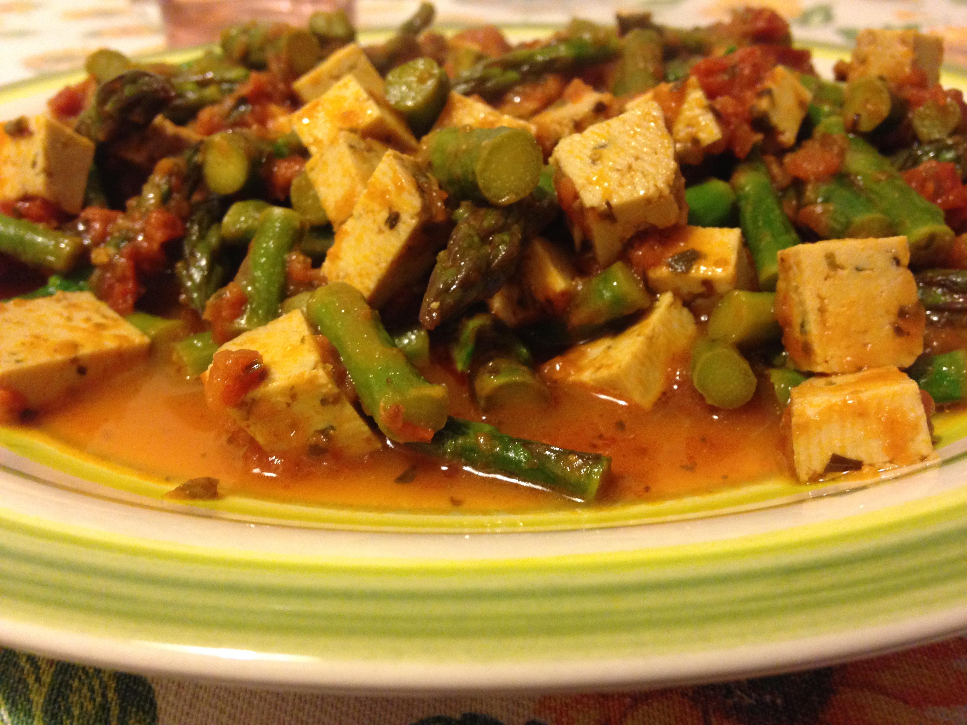 spezzatino di tofu con asparagi