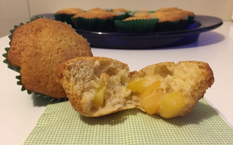 Muffin con le pesche (ricetta dolce light)