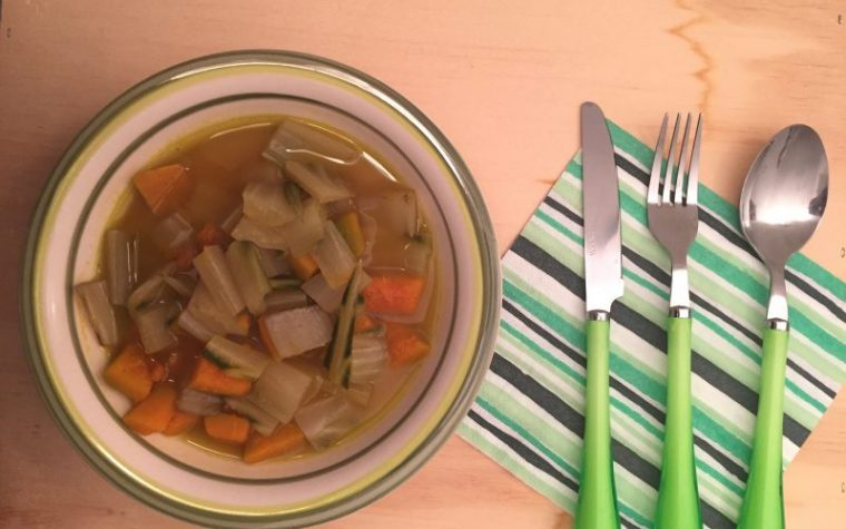 Zuppa di zucca e coste (ricetta light)