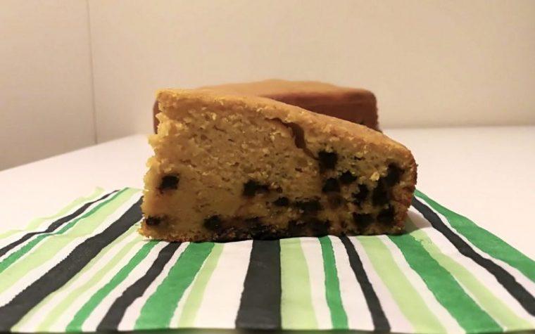 Torta con zucca e gocce di cioccolato (senza grassi)