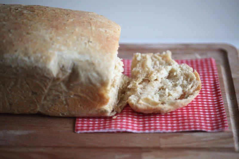 Pane in cassetta al parmigiano
