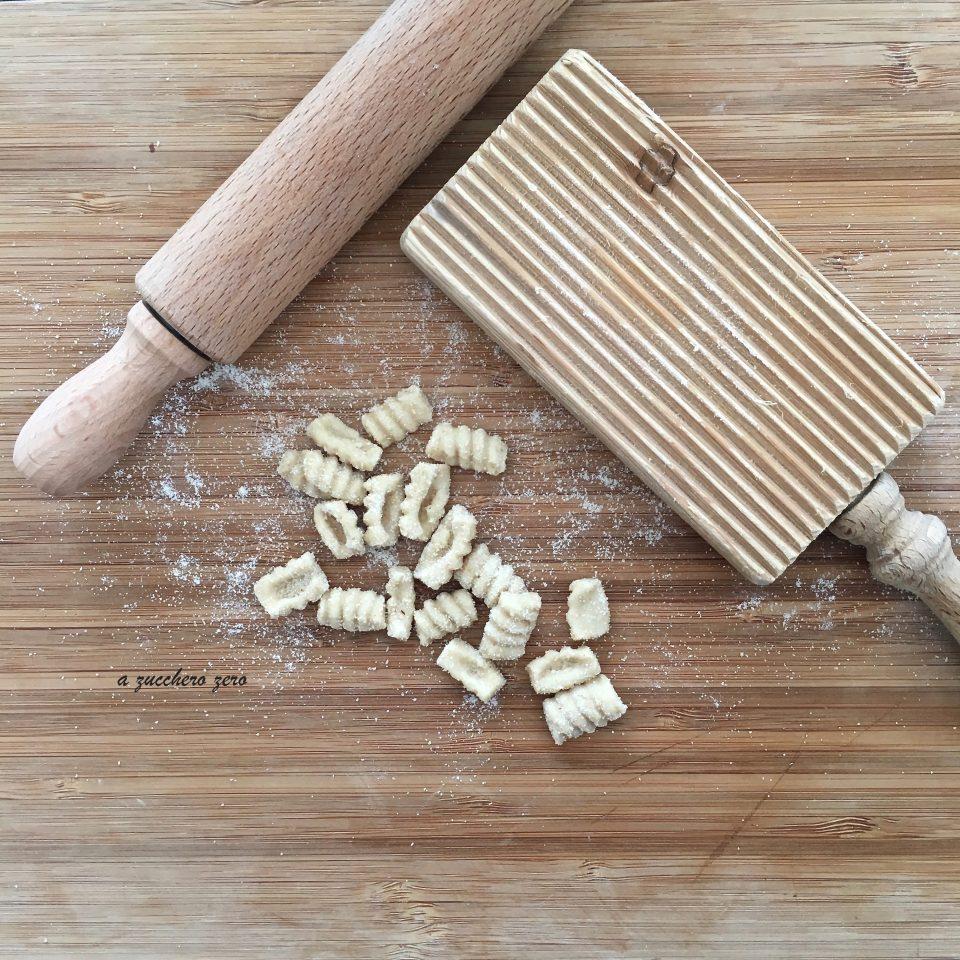 Pasta integrale fatta in casa senza uova