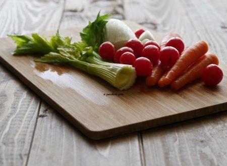 Verdure crude snack o da passeggio