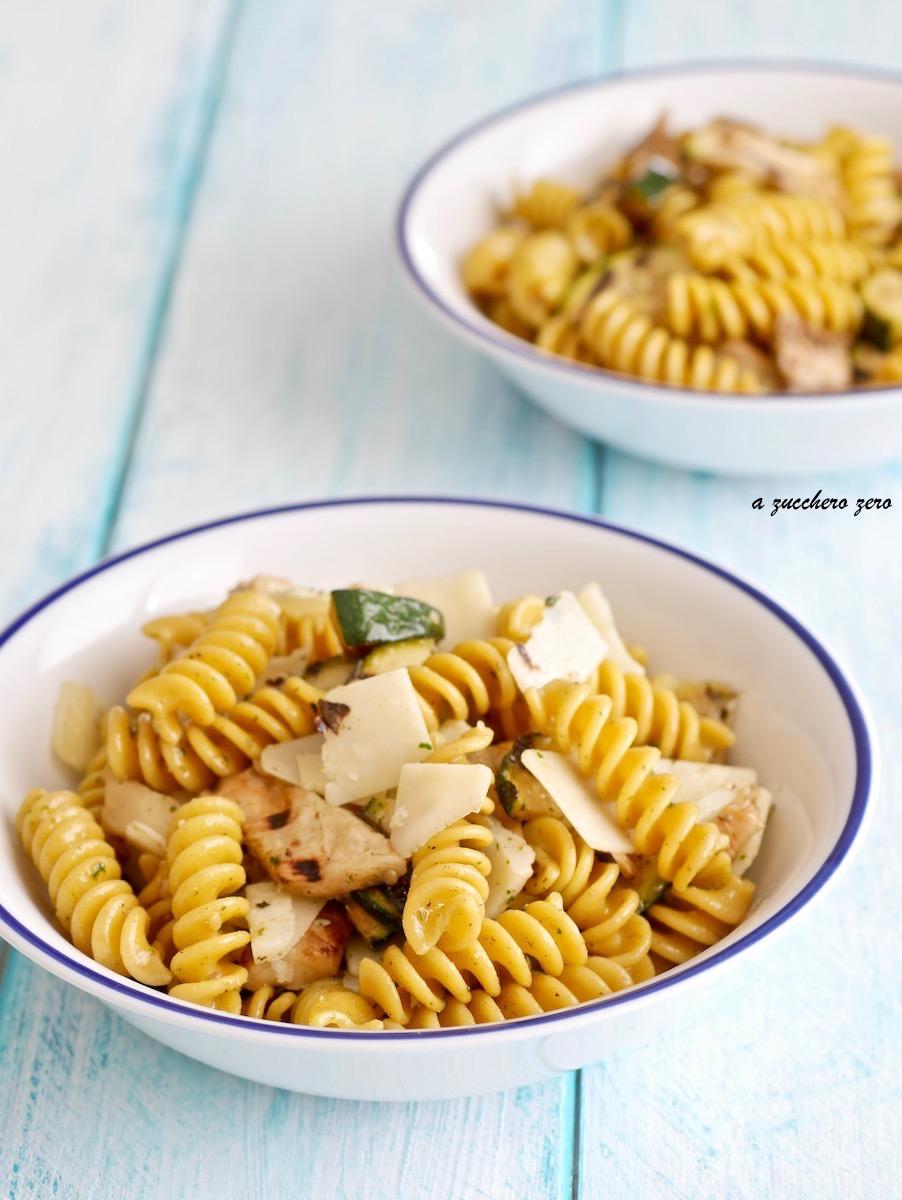 Insalata di pasta integrale alle verdure grigliate