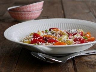 Pomodorini con ricotta salata insalata siciliana