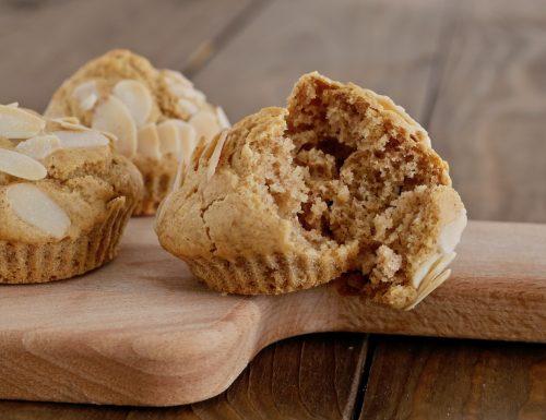 Muffin integrali allo zafferano senza burro, senza latte e senza uova