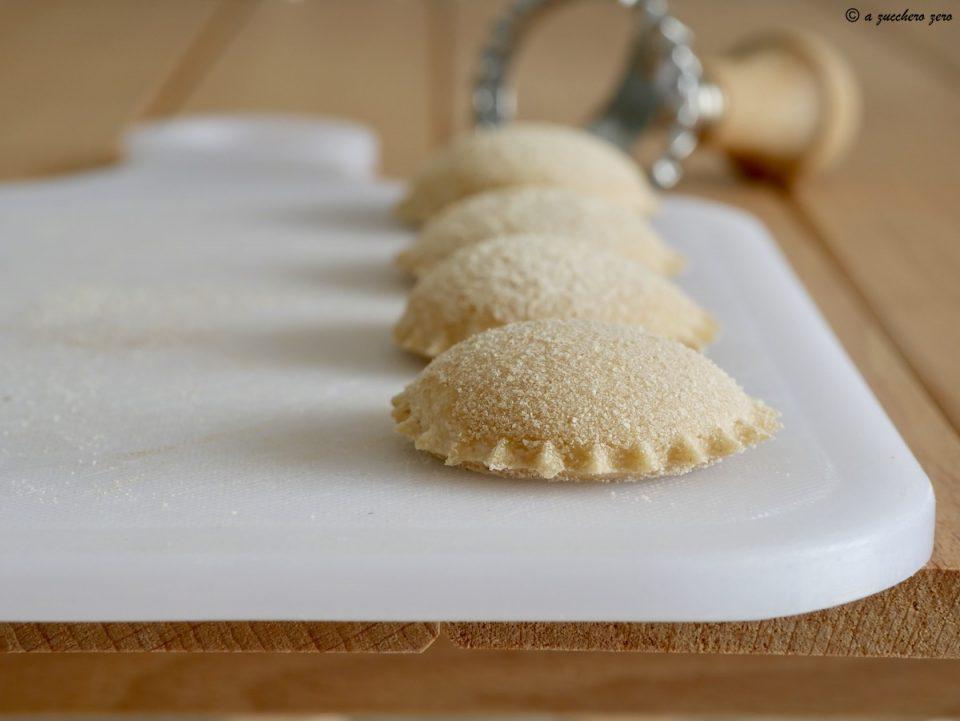 Ravioli di semola integrale con ricotta ricetta ragusana