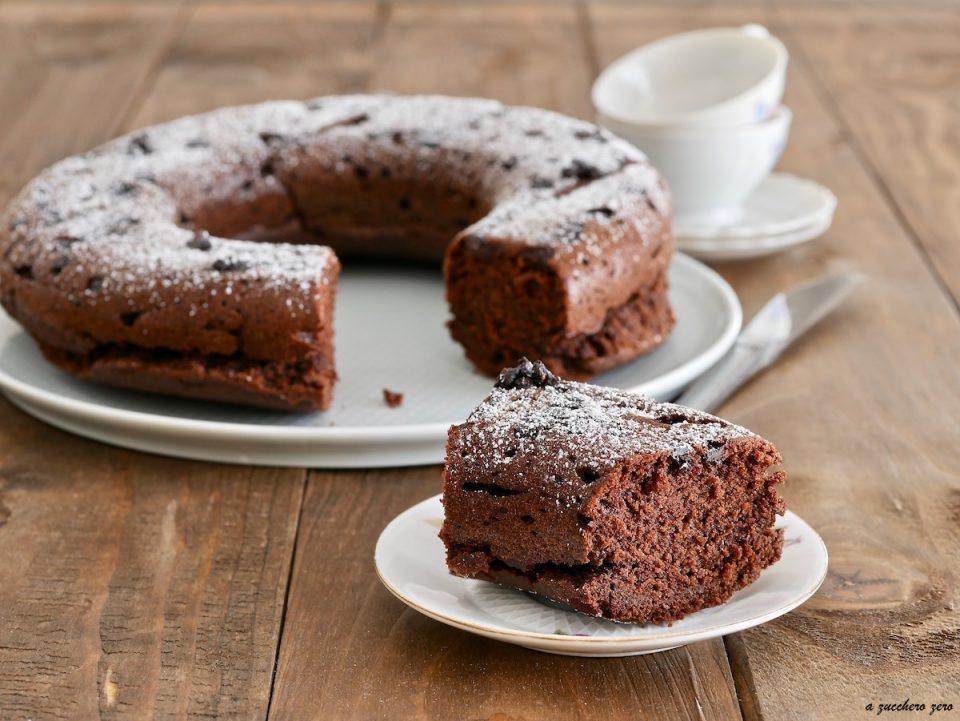 Ciambella integrale al cacao e caffè senza burro latte e uova