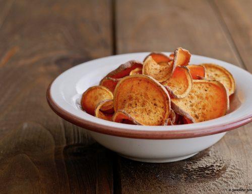 Chips di patate dolci al forno senza olio