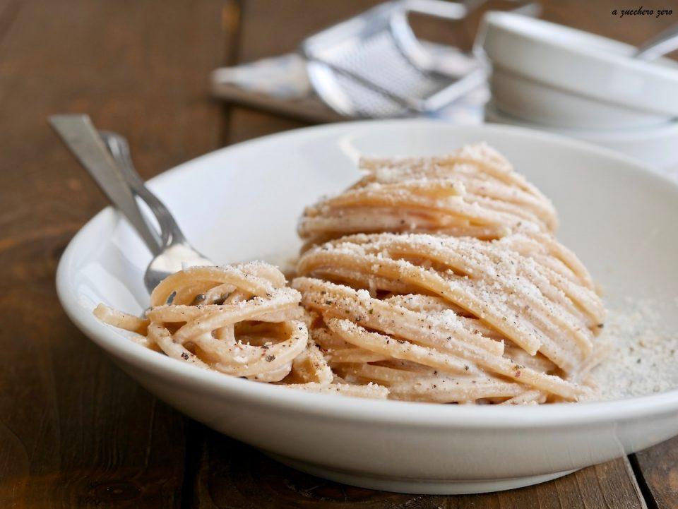 Pasta integrale parmigiano e pepe cremosa