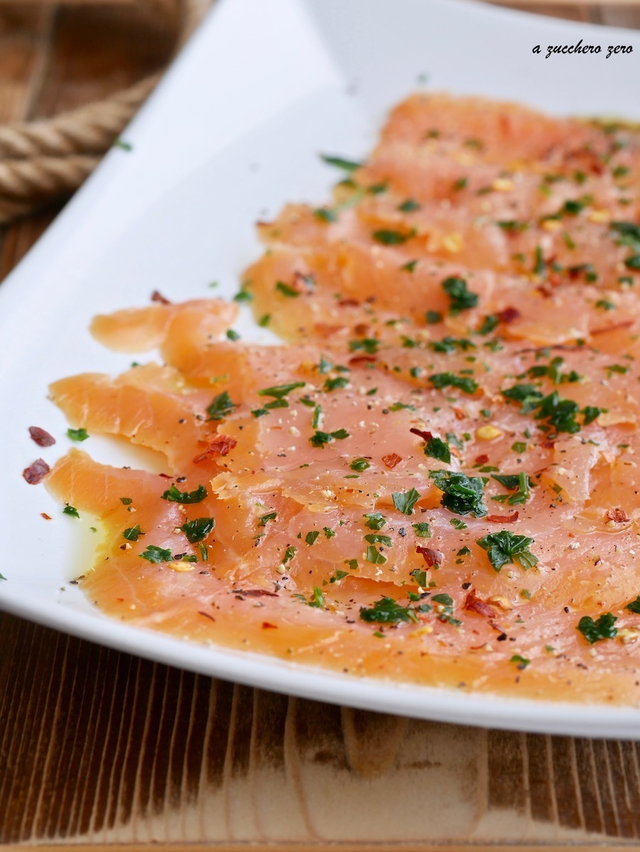 Salmone affumicato al pepe quattro stagioni