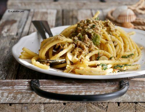 Pasta con le alici fresche alla siciliana