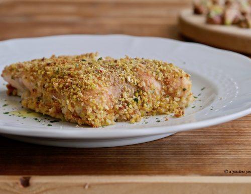 Filetto di salmone gratinato ai pistacchi