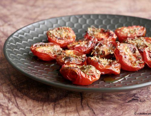 Pomodorini semi dry in friggitrice ad aria