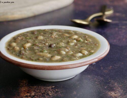 Zuppa di legumi misti [ricetta base] con pentola a pressione